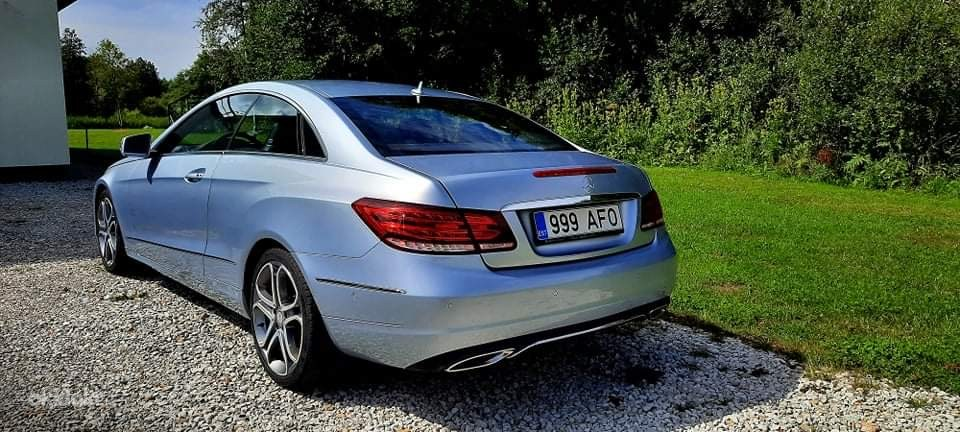 Mercedes E-220D coupe (foto #4)