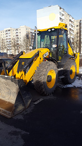 Rent JCB 4CX