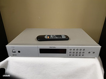 Rotel RT-02 AM/FM Stereo Tuner