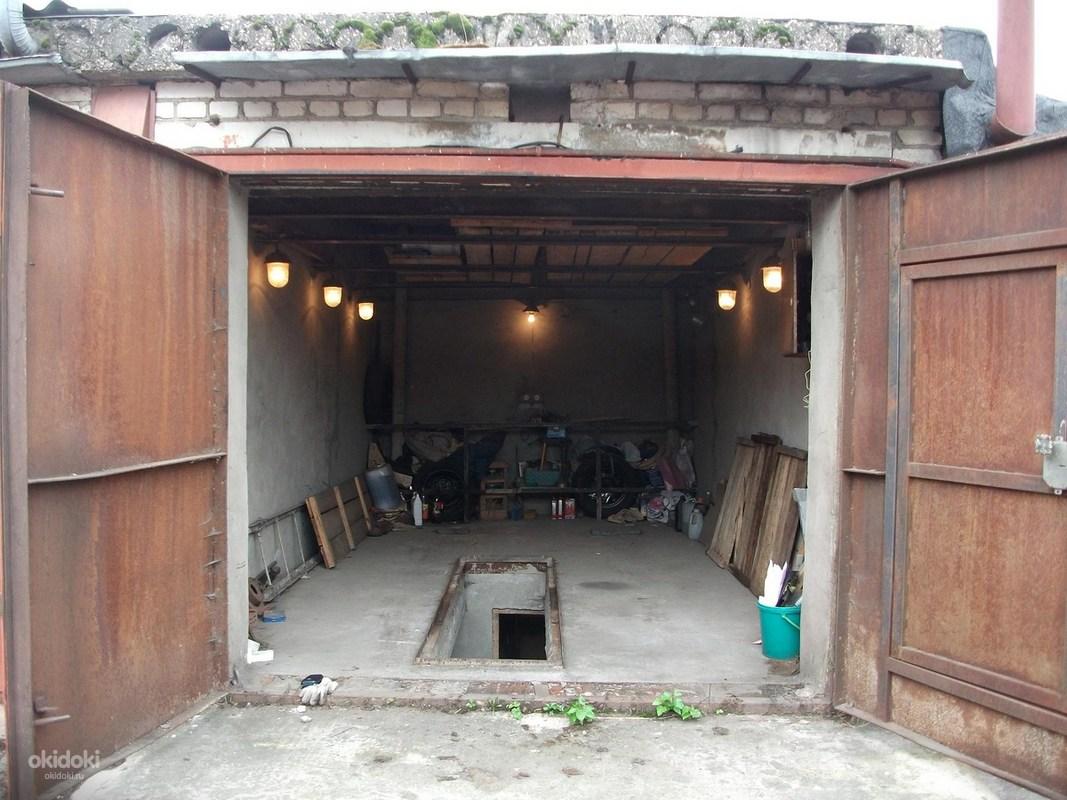 Смотреть гараж